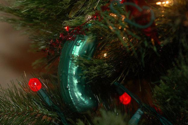 Christmas Pickle nesmie chýbať na žiadnom americkom vianočnom stromčeku.