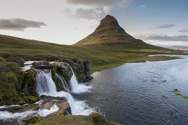 Island. Kirkjufell.