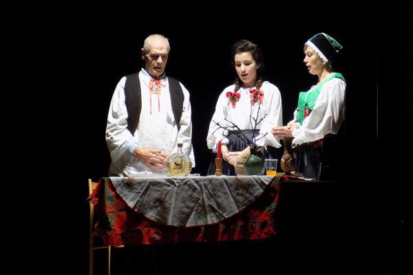 Vianočné pásmo pripravili v Dolných Vesteniciach.