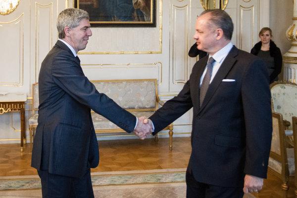 Predsedovi Mosta-Híd sa nepáčilo, keď prezident Andrej Kiska hovoril o mafiánskom štáte.