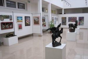 Výtvarné diela si návštevníci môžu pozrieť v Galérii Regionart.