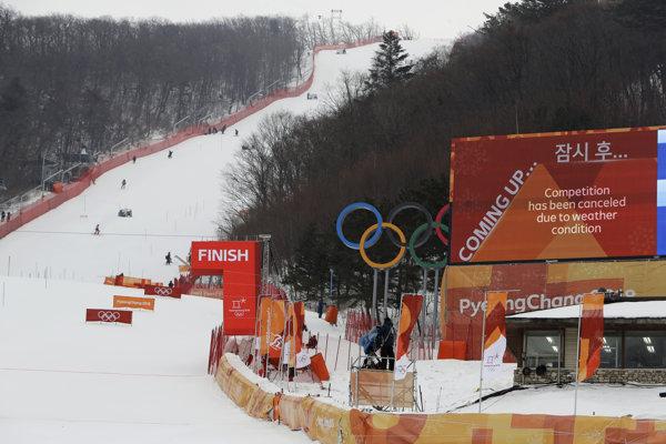 Slalom žien pre nepriaznivé podmienky presunuli.