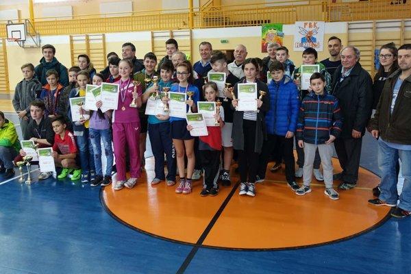 V Mútnom súťažili štyri desiatky mladých stolnotenistov.