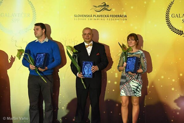 Za KPŠ Nereus prebrala cenu Edita Pavlíková (vpravo).