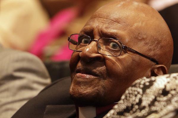 Emeritný arcibiskup a bojovník za ľudské práva Desmond Tutu.