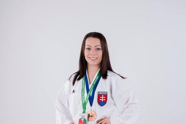 Karate je jediným športom, ktorému sa Dominika kedy venovala.