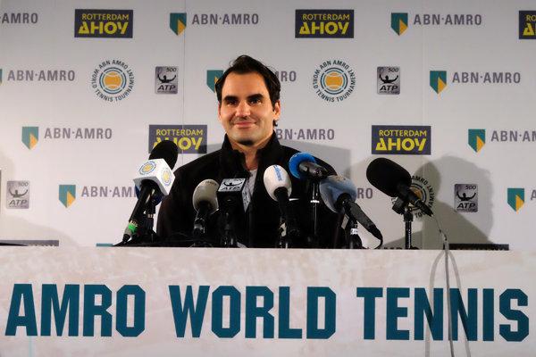 Roger Federer prepísal históriu. Stal sa najstaršou svetovou jednotkou.
