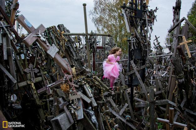 Množstvo krížov na kopci neďaleko mesta Siauliai v Litve. Predstavujú mierový protest katolíkov voči útlaku.