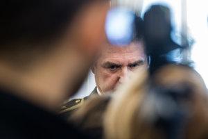 Policajný prezident Tibor Gašpar sľubuje, že verejnosti výsledky vyšetrovania prípad Gorila ukáže.  Hovorí o 17 ukončených čiastkových prípadoch.