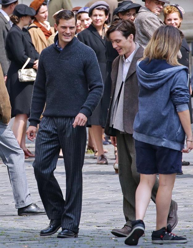 Jamie Dornan a Cillian Murphy pri nakrúcaní.
