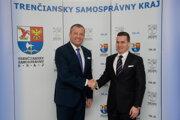 Trenčiansky župan Jaroslav Baška diskutoval s predsedom ÚVO Miroslavom Hlivákom o verejnom obstarávaní v kraji.
