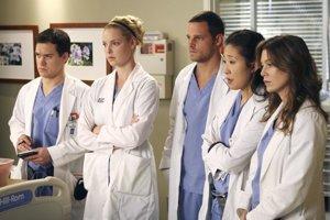 Lekársky tím Kliniky Grace.