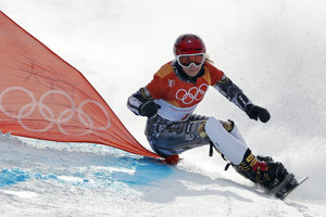 Ester Ledecká triumfovala na snouborde v paralelnom obrovskom slalome.