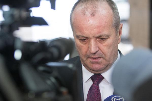 Minister Peter Gajdoš.
