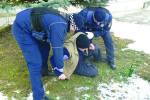 Policajti takto pomerne často zasahujú v martinských uliciach.