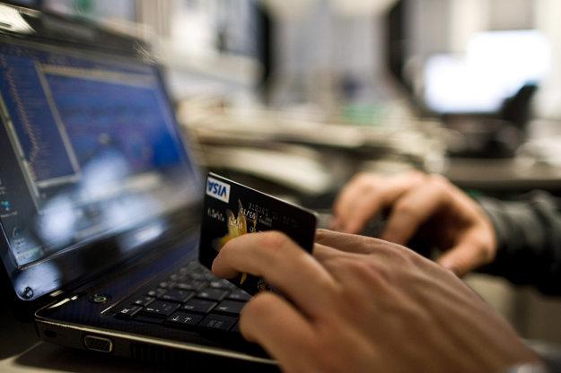 Mobil je bezpečnejší než internet banking v počítači.