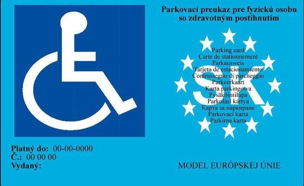 Takto vyzerá platný parkovací preukaz pre ZŤP.