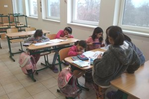 Dôležitou činnosťou vkomunitnom centre je aj príprava na vyučovanie.
