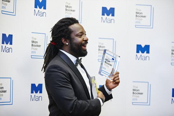 Jamajčan Marlon James získal Man Bookerovu cenu nečakane.