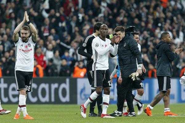 Besiktas skončil v Lige majstrov po dvoch prehrách s Bayernom.