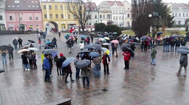 Prví Prešovčania prichádzajú.