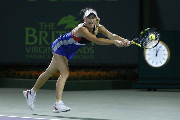 Caroline Wozniacka počas zápasu proti Mónice Puigovej v Miami.