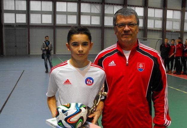 Najlepší strelec mladších žiakov Lucas Demitra.