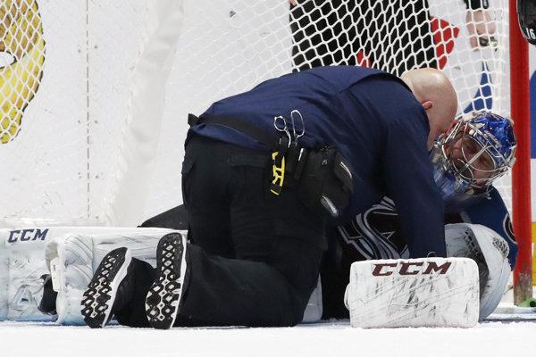 Semion Varlamov v opatere lekára po zrážke s Tomášom Jurčom.
