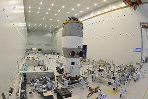 Pozemné testovanie stanice Tchien-kung 1  pred jej odletom do vesmíru.