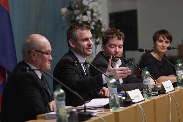 Premiér Peter Pellegrini počas tlačovej konferencie po výjazdovom rokovaní vlády v Sabinove.