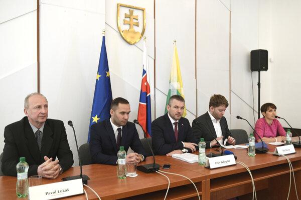 Výjazdové rokovanie vlády v Prakovciach.