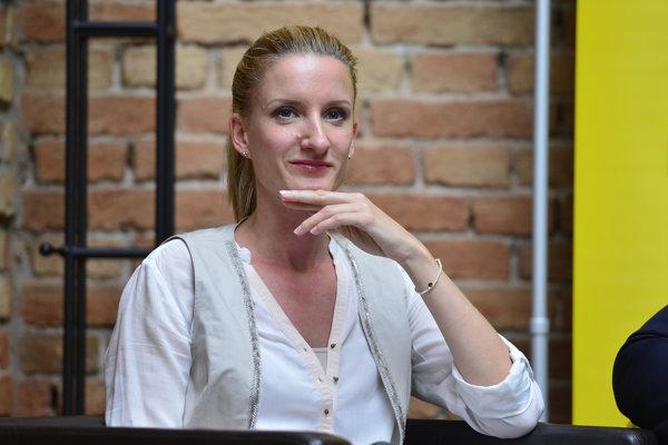 Adela Vinczeová.