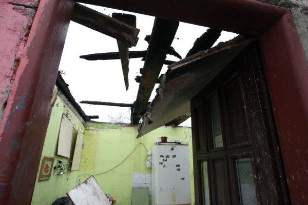 Decembrový požiar úplne zlikvidoval niekoľko príbytkov.