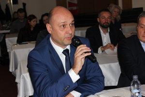 Do diskusie sa zapojil aj Peter Hennel z firmy PORFIX.