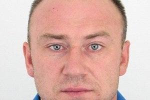 Polícia hľadá tohto muža, Patrika Belka.