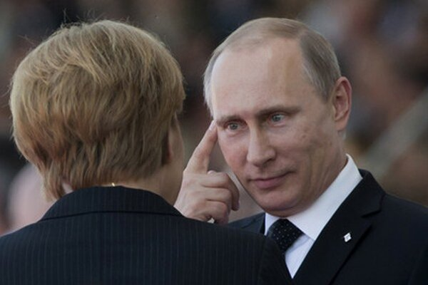 Merkelová a Putin.