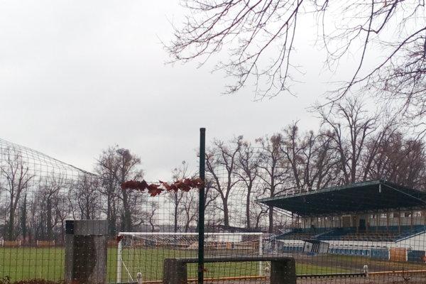 Primátor by chcel pokračovať i v rekonštrukcii futbalového štadióna v Zámockom parku.