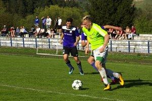 63863f8ded7c4 Regionálny futbal: Piata liga má nového lídra, tímy zo žilinského ...