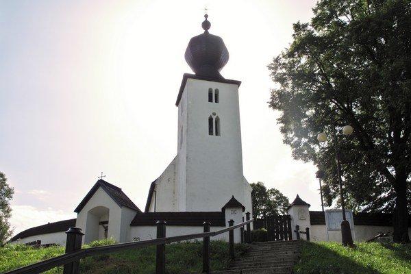 Kostol Svätého Ducha v Žehre.