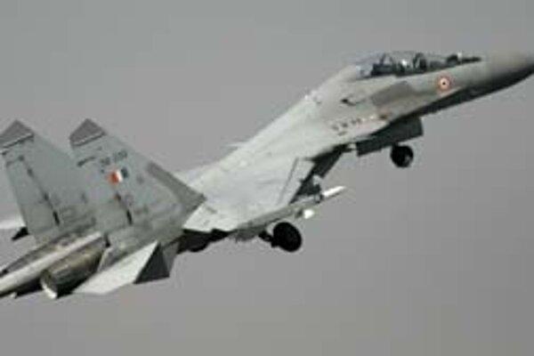 Významným odberateľom ruských zbraní je India. Na snímke Suchoj Su-30.
