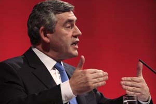 Gordon Brown počas víkendového prejavu pred členmi Labouristickej strany.