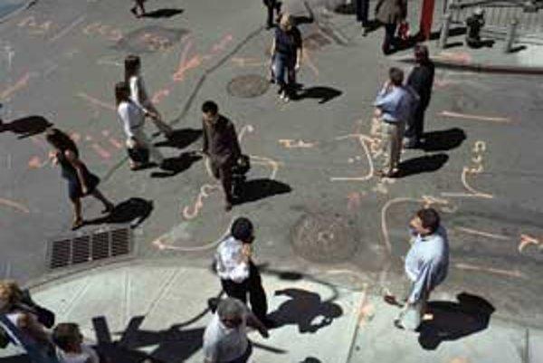 Jedna z ocenených fotografií súťaže World Press Photo 2007 - Každodenný život v New Yorku od Davida Butowa (výrez).