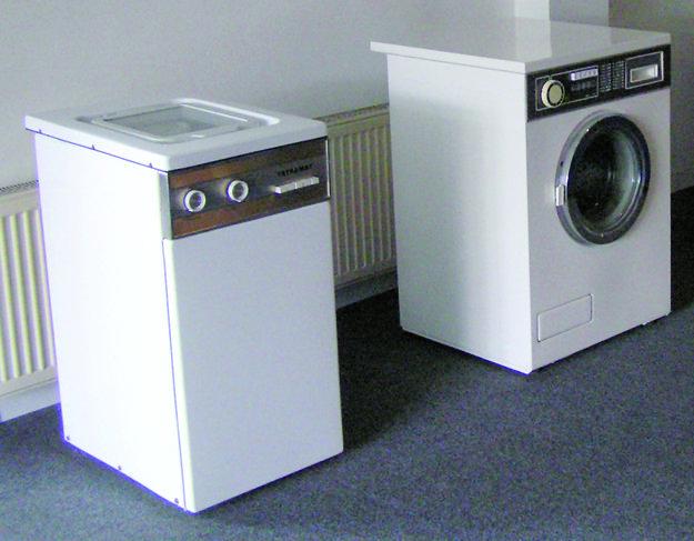 Prvé práčky z roku 1967.