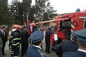 Bolešovskí dobrovoľní hasiči už majú nového pomocníka.