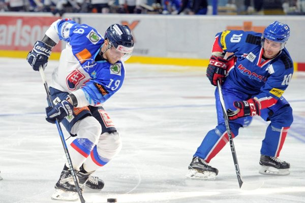 Vľavo Michal Krištof.