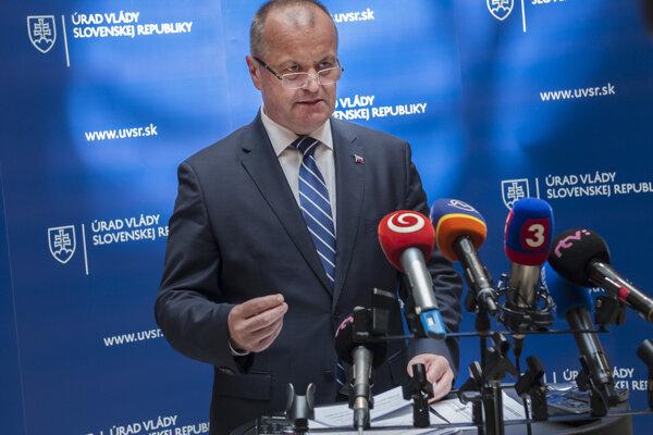 Na snímke minister obrany SR Peter Gajdoš.