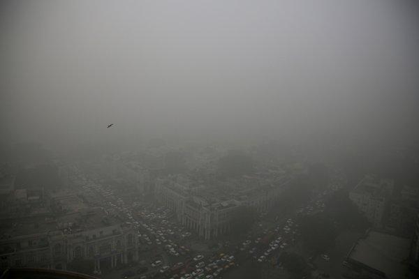 Smogom znečistené Naí Dillí.