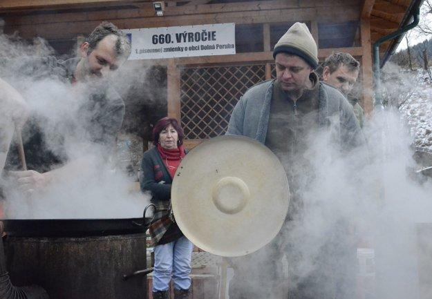 Fašiangy v Dolnej Porube.