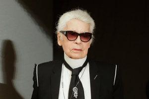 Návrhár Karl Lagerfeld.