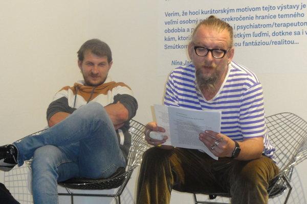 V galérii čítali Juraj Malíček a Pavol Ferčák.